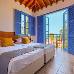 Villa Zeus Sea View Twin Bedroom