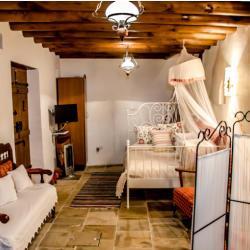 Xenios Cottages Traditional Apartments To Katoin